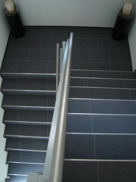 Treppenhaus Mit FeinsteinzeugPlatten - Fstz platten